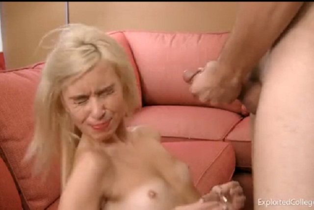 Teen Kylie Richards Does Not Want Cum on the Face but Gets