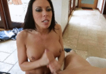 Wife With Curves Rachel Starr Fucked by Skydiver