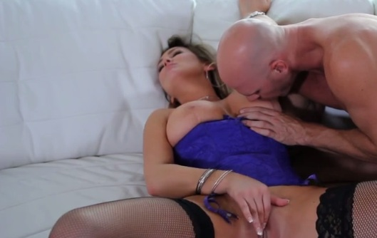 Passionate Fuck for Nasty MILF Abbey Brooks