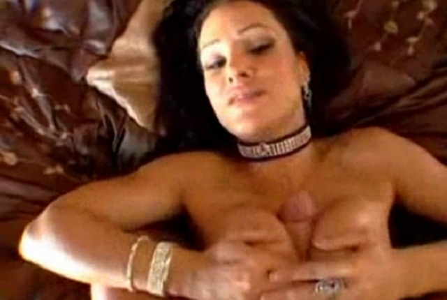 Hot brunette Lisa Ann with big tits and juicy ass gets pounding