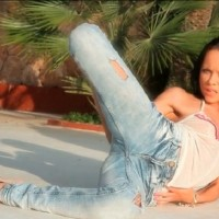Beautiful Skinny Brunette Melanie B in Tight Jeans