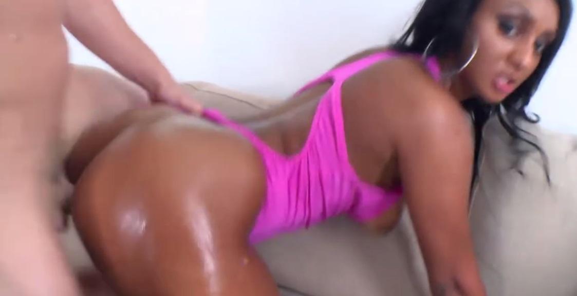 Bbw pussy pounded with big dildo 9