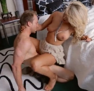 Boobylicious blonde sucks and fucks