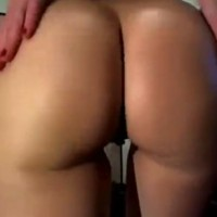 Juicy ass amateur brunette webcam show