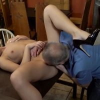 Excellent Teen Babe porn : DADDY4K. Hottie Anna Rose let old lover stretch her wet pussy in bar