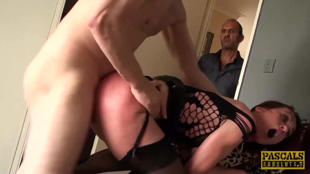 Brilliant Ass Hole porn : Redhead subslut Monica Bollocksy made red with hardcore anal