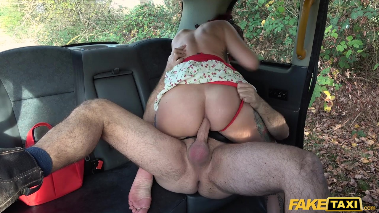 Surprising Ass Hole fuck : Fake Taxi Alexxa Vice plays The Good Wife Fantasy