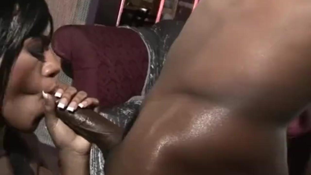 Phenomenal Teen Babe fucking : Gorgeous Ebony Sydnee Capri In Fishnet Anal Fuck