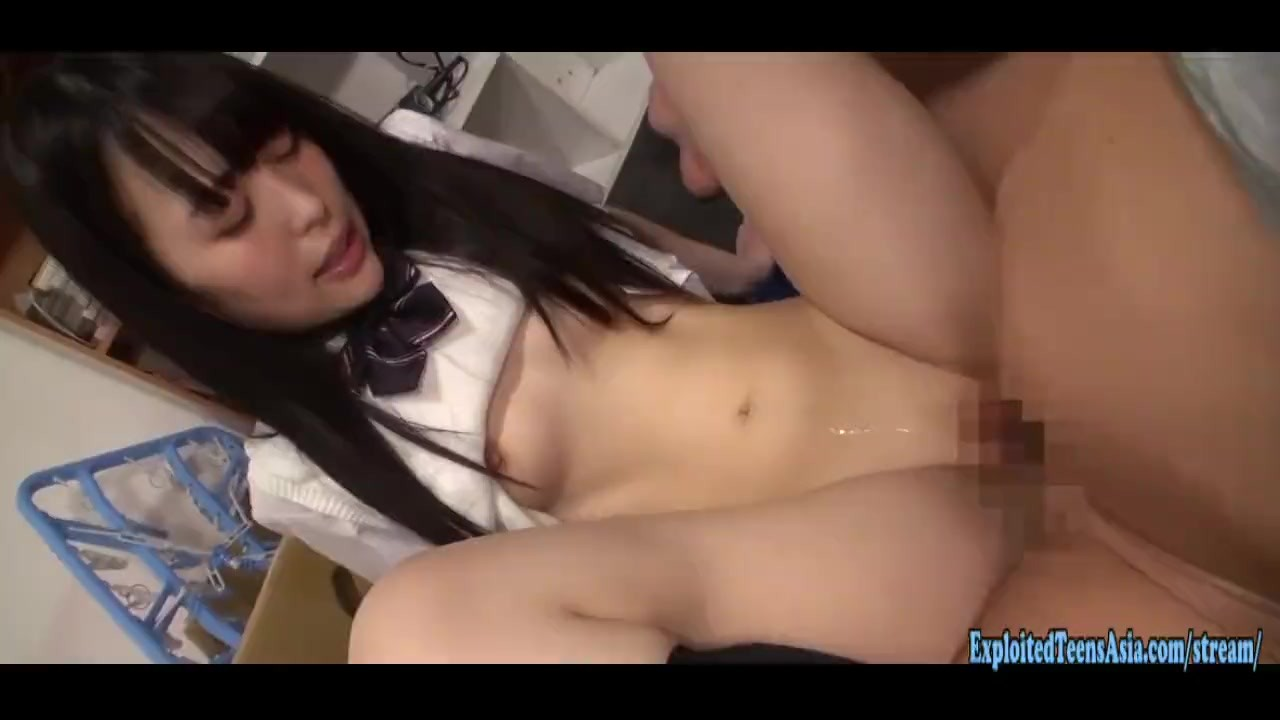 Surprising Babes : Jav Schoolgirl Babe Koharu Fucks Old Guy One Of Her First Hardcore Scenes