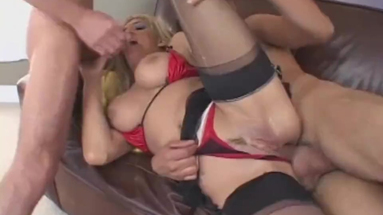 Awesome Anal Hole sex : MILF Blonde Tatiana Stone Taking Hard Anal