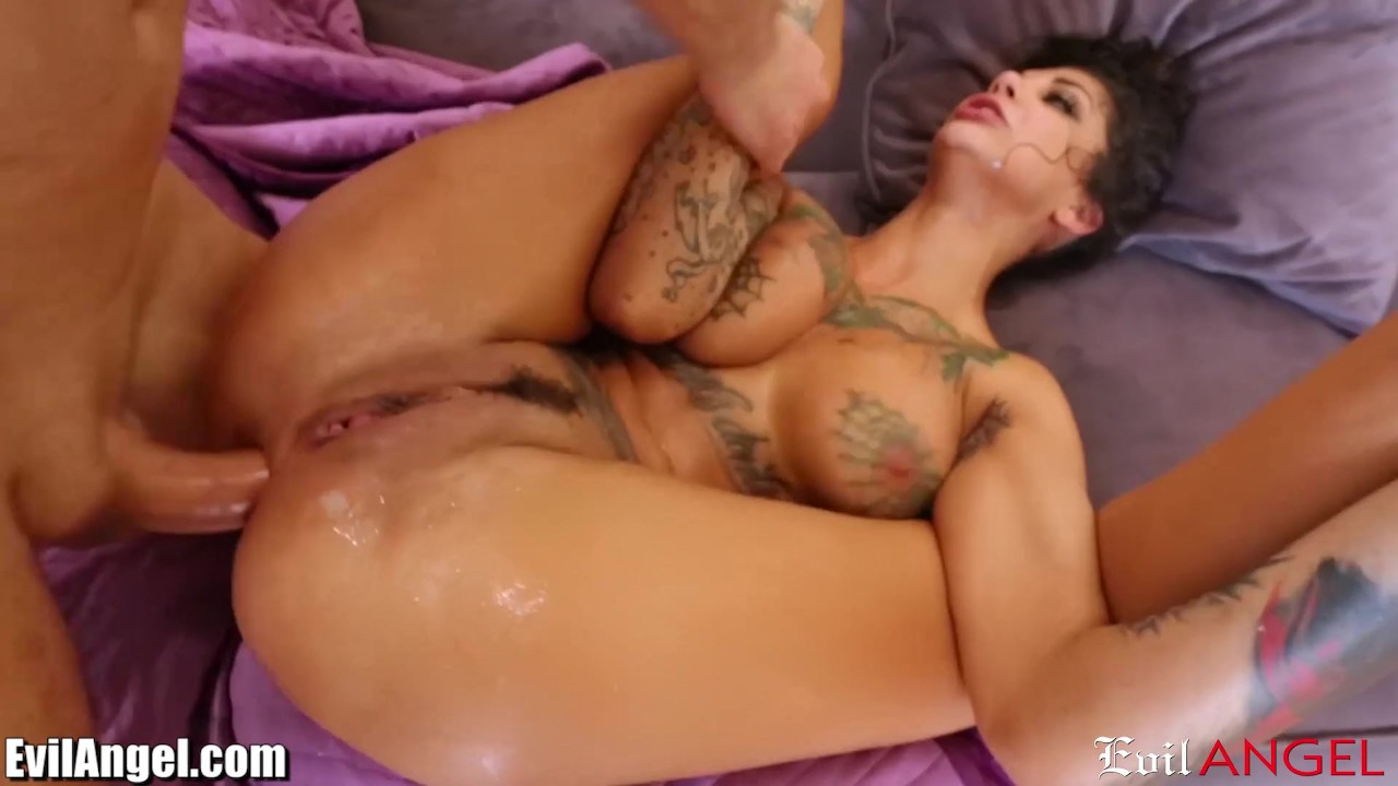 Fabulous Anal sex : EvilAngel Bonnie Rotten DP'd and SQUIRTING