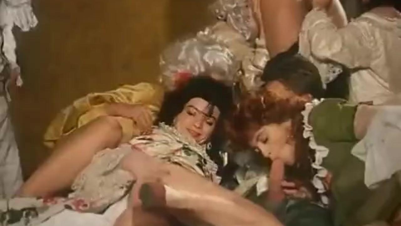 скачать порно фильм маркиз де сад