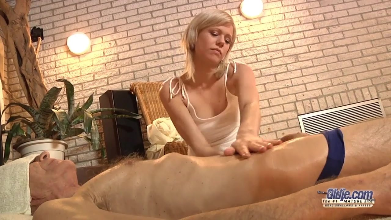 Fabulous Babes fuck : Nasty sweet girl ease old man with pussy rub