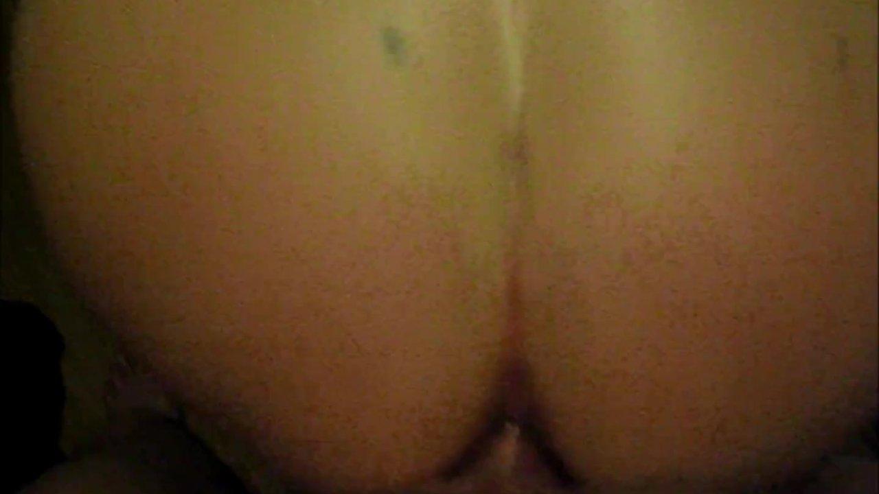 Magnificent Ass : Svensk amatör anal supersprut