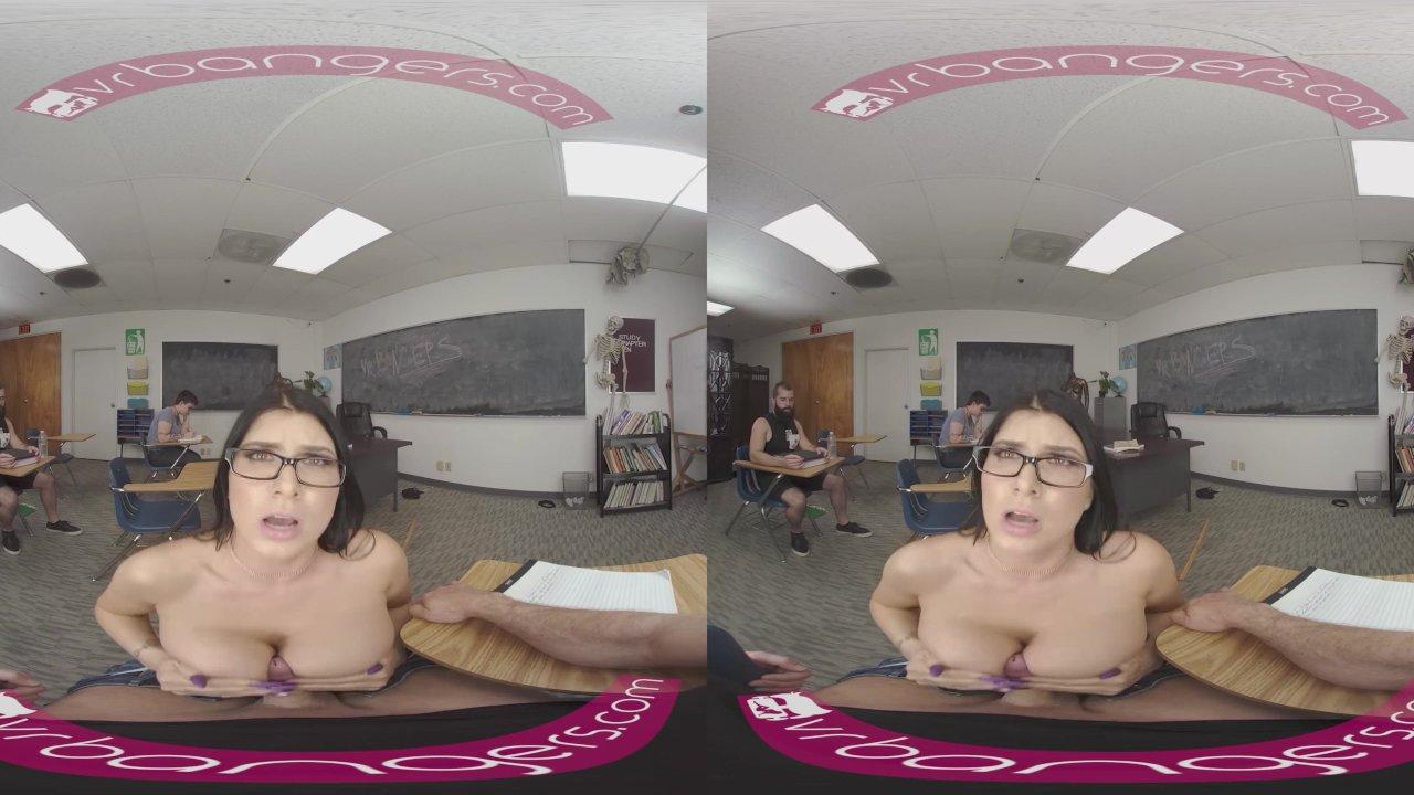 Brilliant Babes porn : VRBangers Sexy Teacher Romi Rain Getting Rammed By A Sexy Stud VR Porn