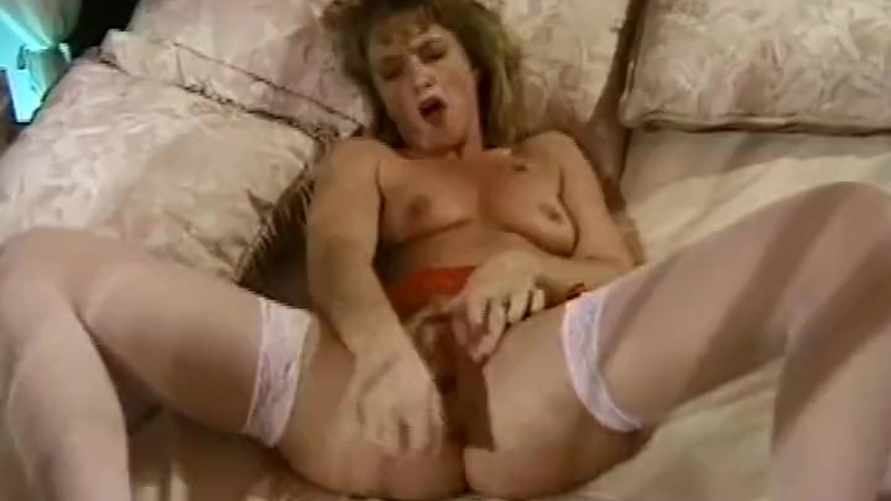 Astonishing Ass Hole sex : Retro Housewife Hairy Pussy Dildo Toy